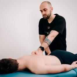 """""""Uwolnienie oddechu"""" – warstwowe opracowanie klatki piersiowej"""